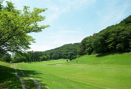 桜ヒルズゴルフクラブ(旧秋山カントリークラブ)